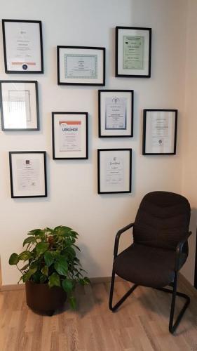 Diplome und Auszeichnungen